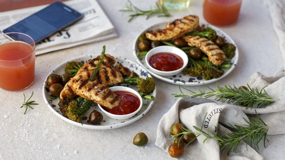 Grilēta vistas krūtiņa ar brokoļiem