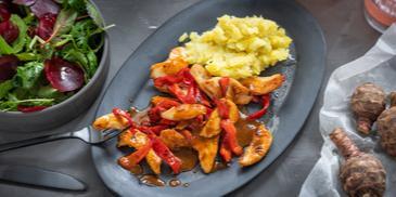 Hähnchen-Paprika-Pfanne mit Topinambur-Püree