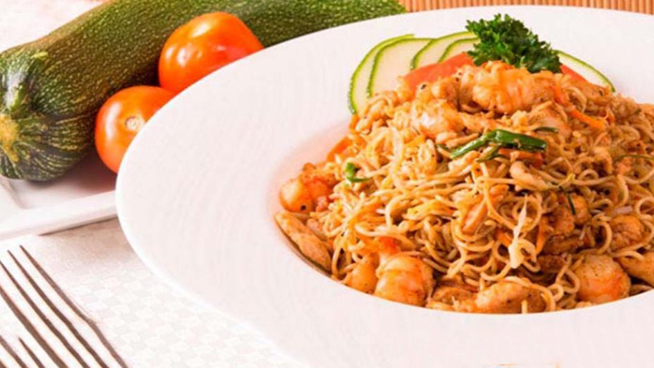 Chicken & Prawn Mongolian Noodles