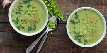Zupa wielowarzywna z kapustą i fasolką szparagową