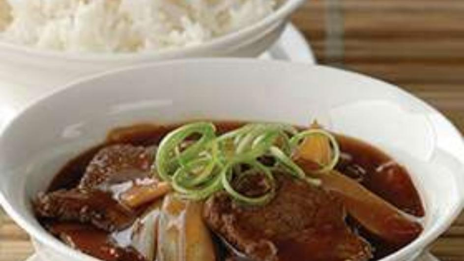 Beef Steak with Oyster Sauce and Bamboo Shoot