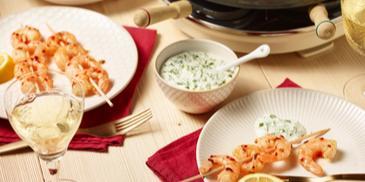 Koriander-Mayonnaise Dip mit Garnelenspießen