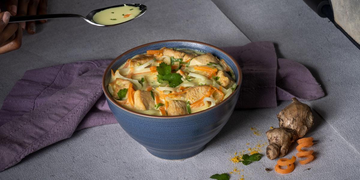 Sopa Thai de Coco y Pollo