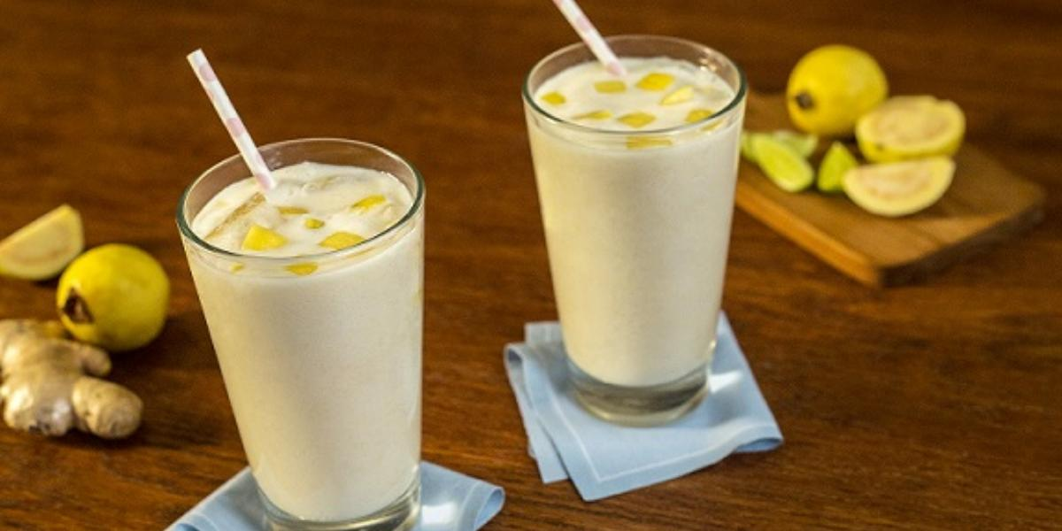 Agua de guayaba, limón y jengibre