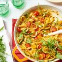 Tagliatelle-Gemüse-Pfanne mit Rucola