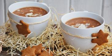 Moczka – śląska zupa piernikowa z bakaliami
