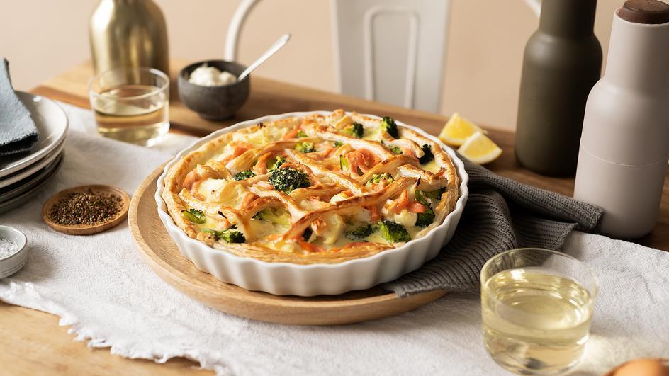 Broccoli-Blumenkohl-Tarte mit Räucherlachs