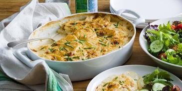 Creamy Cheese & Garlic Potato Bake