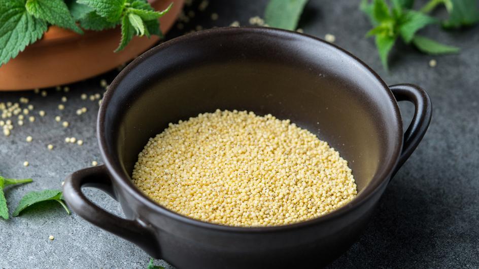 Zupa z pokrzywy z kaszą jaglaną