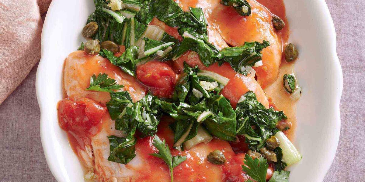 Tilapia en salsa mediterránea