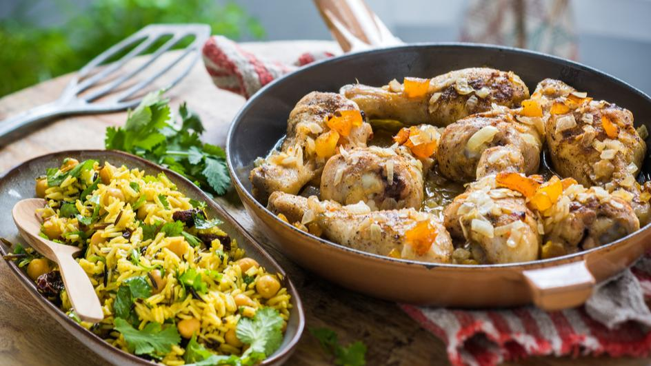 Würz-Hähnchen mit Reis, Kichererbsen und Korinthen