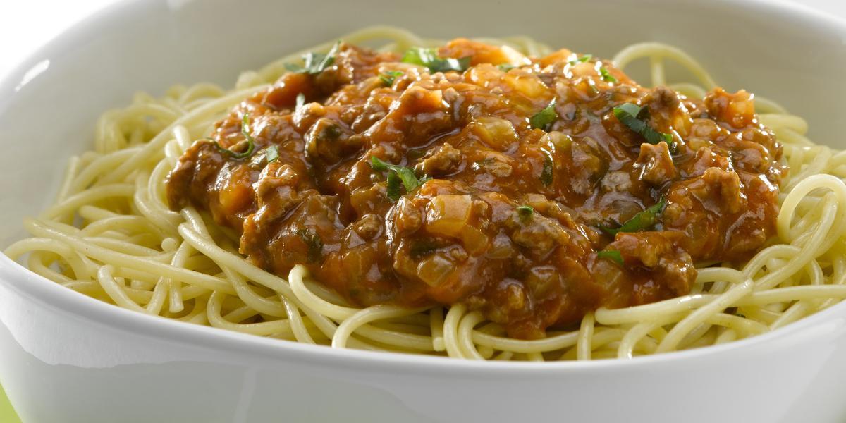 Spaghetti con Salsa Bolognesa Tradicional