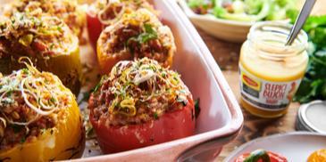 Papriky plnené krúpami a zeleninou