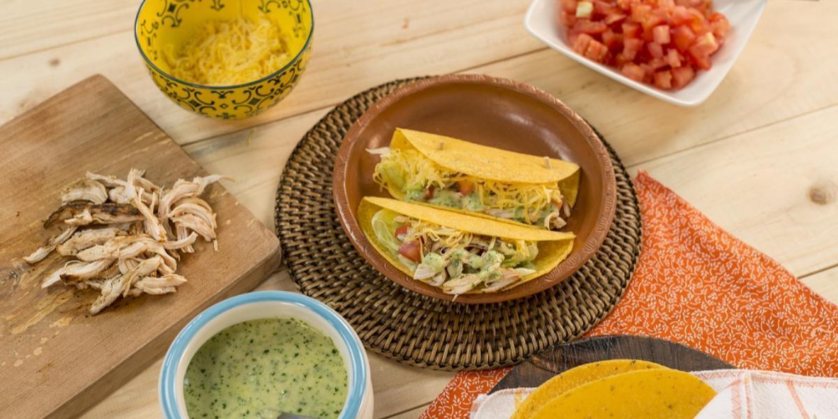 Con esta receta de pollo, prepara deliciosos tacos
