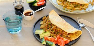 Variatierecept voor roerbakrijst: Surinaamse Nasi