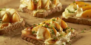 Puten-Pfirsich-Toast