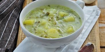 Zupa ogórkowa z czosnkiem