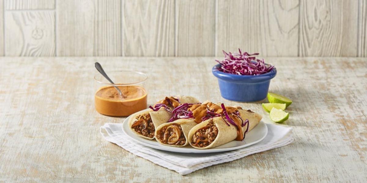 Burritos con salsa mulata