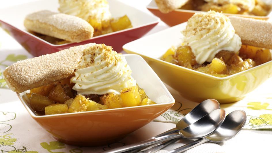 Ananas mit Kokossahne