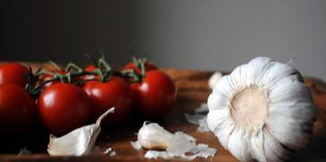 Chlebek pomidorowy