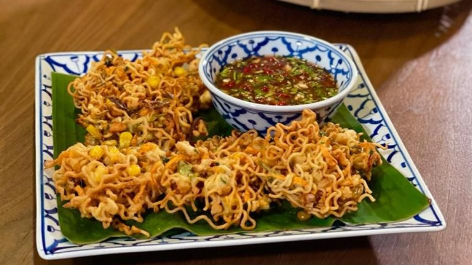Crispy MAGGI Noodle with Vegetables Fritters