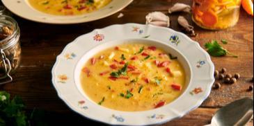 Zupa paprykowa z ziemniakami