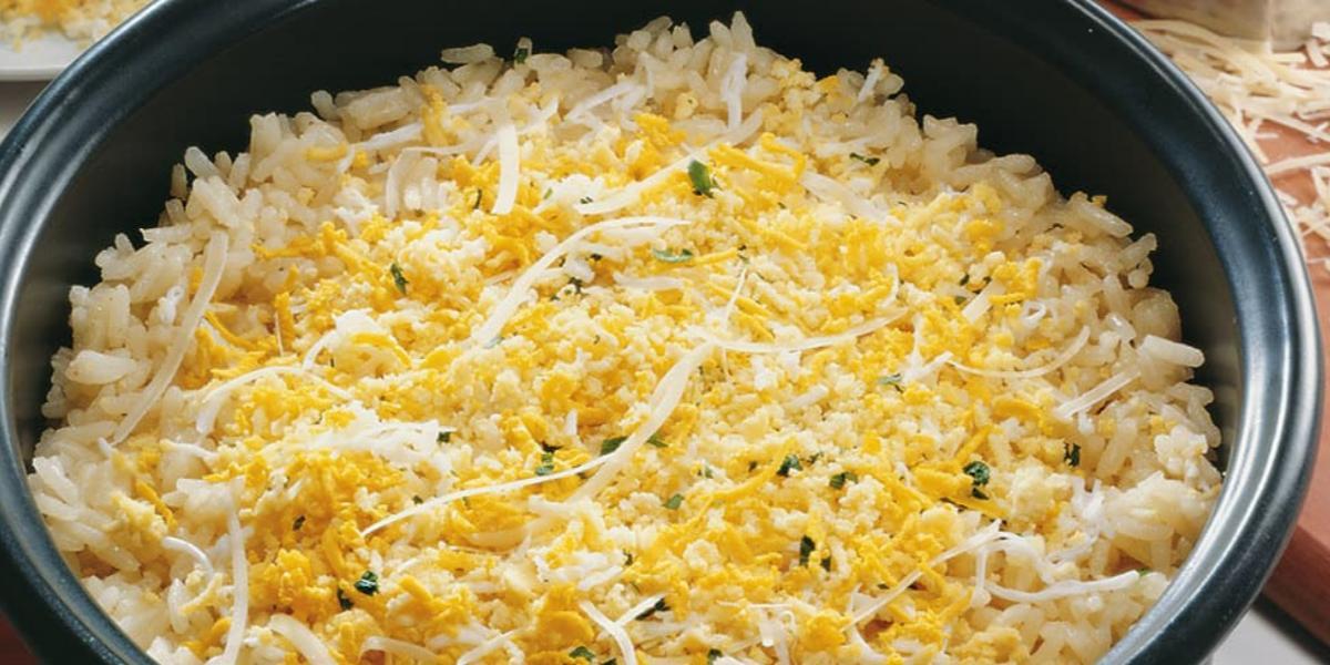 arroz-amarelinho-com-ovo-receitas-nestle