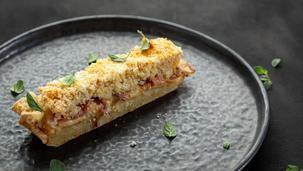 Bulvių pyragas su rūkytu mocarelos sūriu