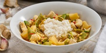 Scharfes Hähnchen-Curry mit Ananas