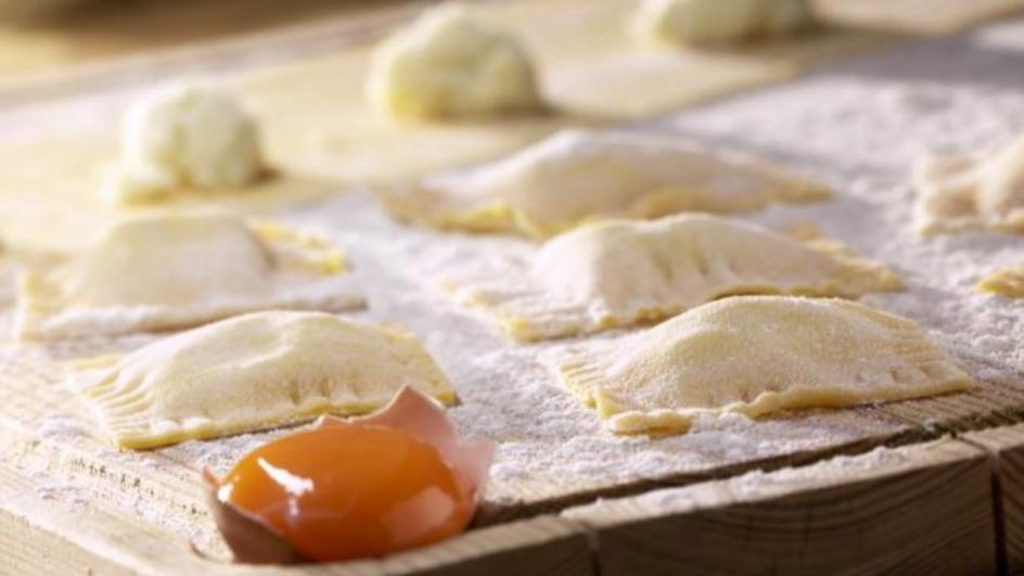 Gefüllte Teigtaschen quattro formaggi
