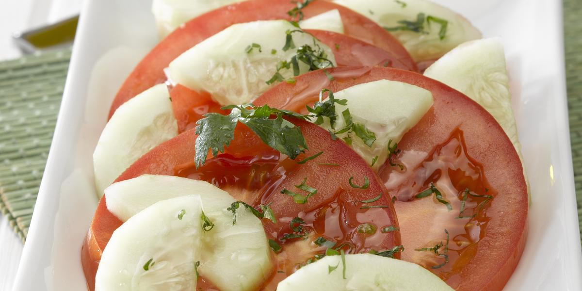 Ensalada de Tomates con Pepino