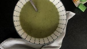 Broccoli Courgette soep van opa van Meriam en Xanne