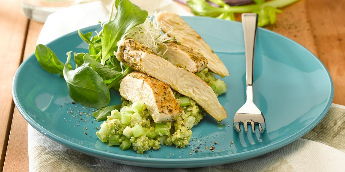 Ensalada de Quinoa Verde con Pollo al Pimenton