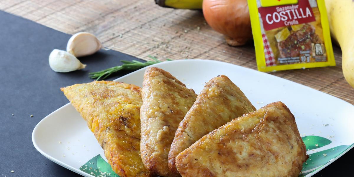 Empanadas de plátano con Frijoles