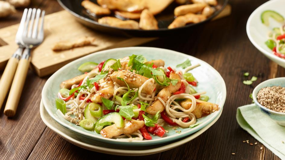 Otsu-Salat mit Hähnchen
