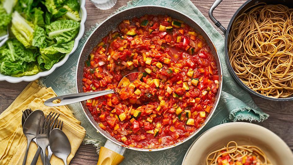 Gemüsebolognese mit Spaghetti