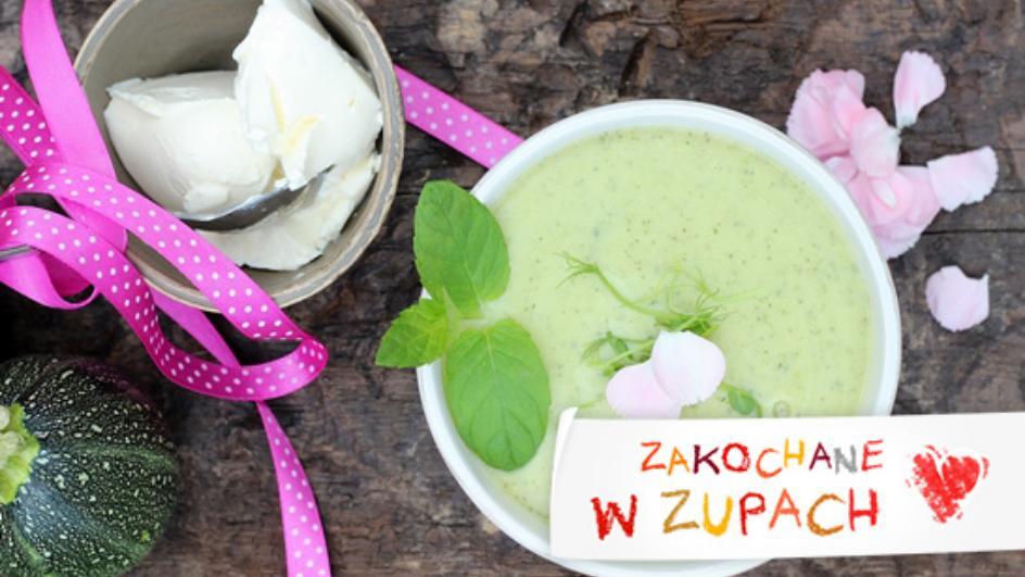 Zupa z cukinii z kiełkami i serkiem mascarpone