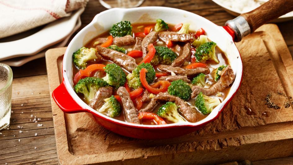 Scharfe Rinder-Gemüse-Pfanne