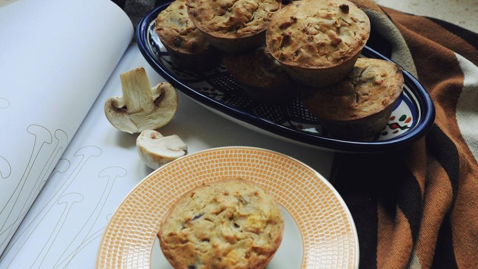 Gryczane muffiny z kiszoną kapustą i grzybami