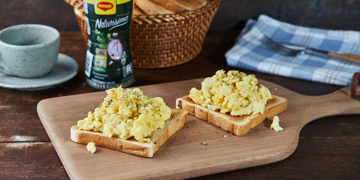 Huevos Revueltos con Naturísimo