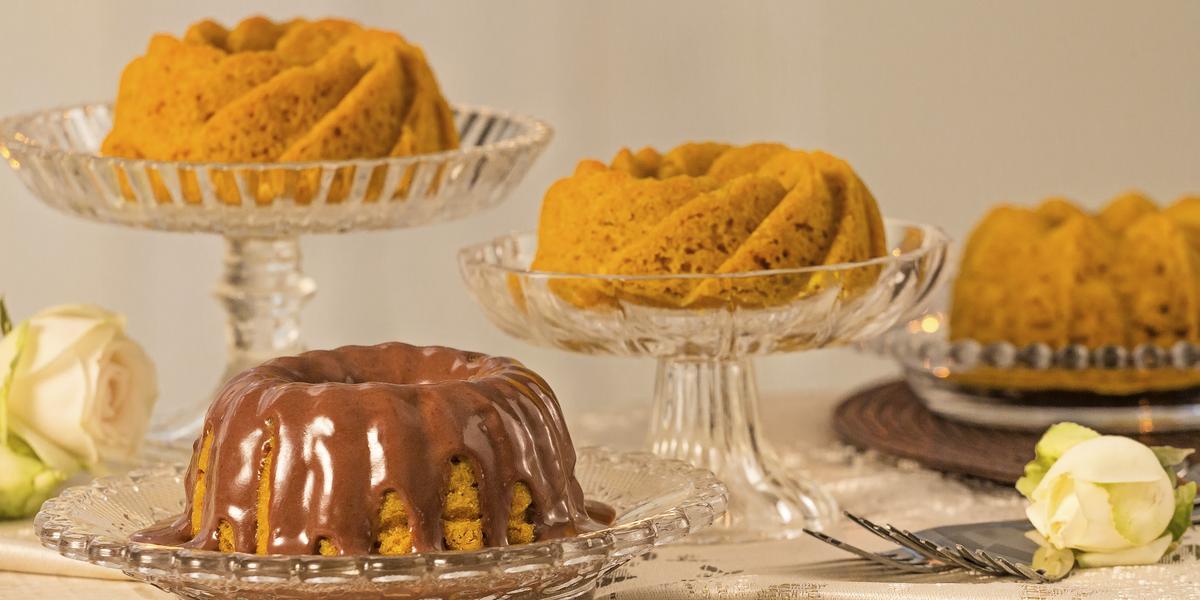 Bolo-Cenoura-calda-Chocolate-Nutren-Senior-receitas-nestle