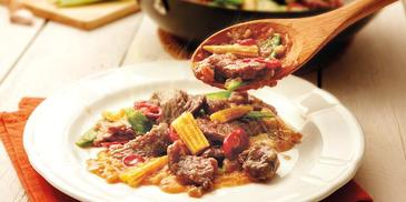Tender Beef & Vegetable in Black Sauce