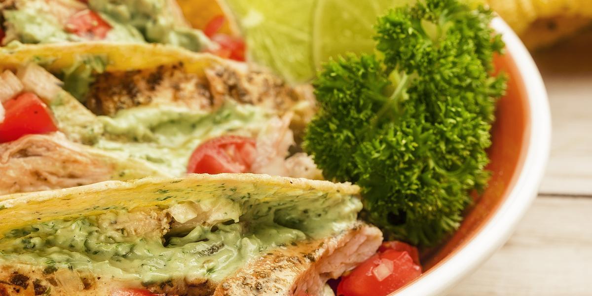 Tacos de pollo al cilantro