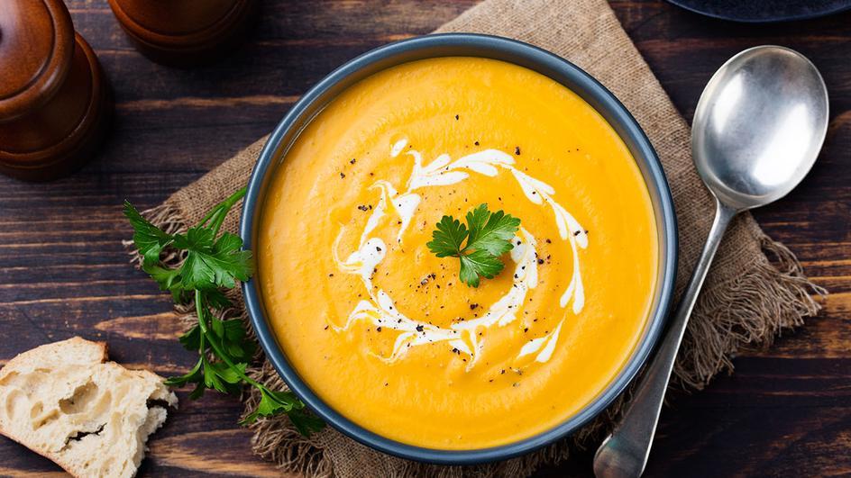 Celerová polévka s tymiánem