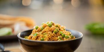 Spicy Cabbage & Peas Recipe
