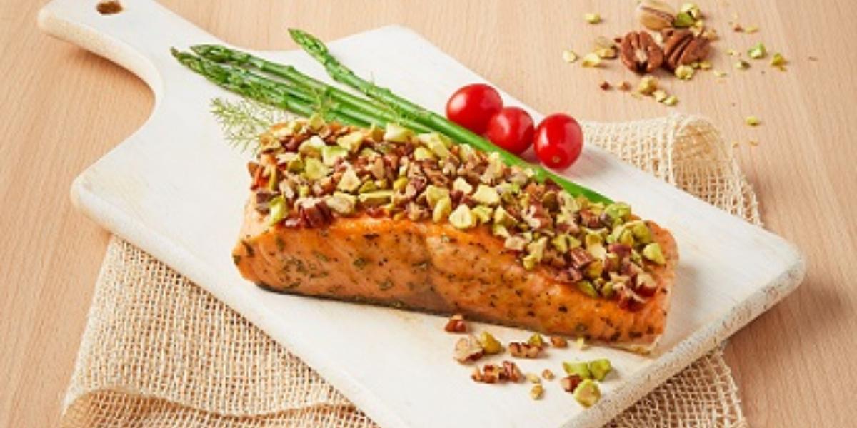 Salmon con pistache y nuez