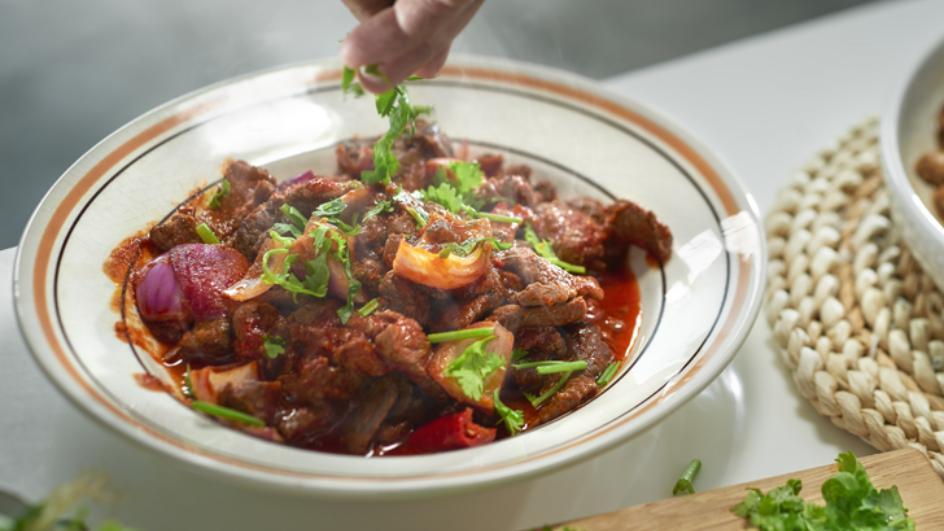 Bombastic Beef in Spicy Tomato Gravy