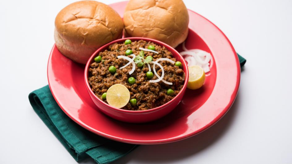 Soya Keema Matar Pav Recipe
