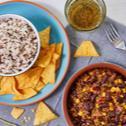 Mexikói chilis bab vadrizzsel és tortillával
